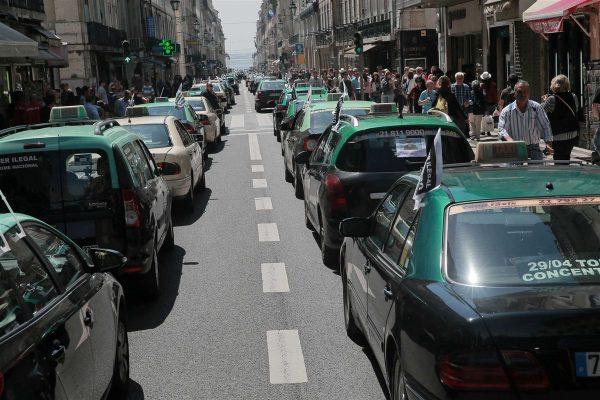 Aluguer de Brompton entre o caos da greve de Táxis