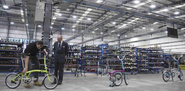 Visita Real à nova fábrica da Brompton